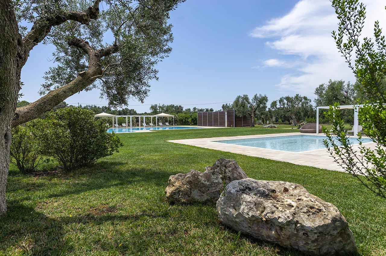 2_21_piscina-in-masseria-salento-07.jpg