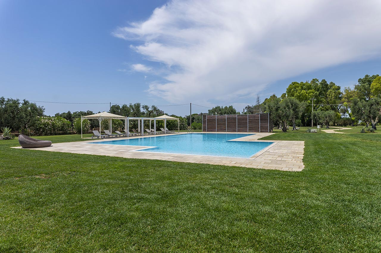 2_21_piscina-in-masseria-salento-09.jpg